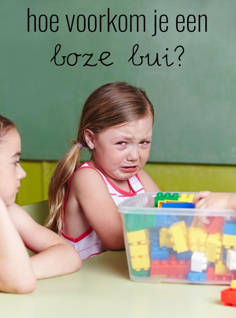 Hoe voorkom je een boze bui bij jonge kinderen?