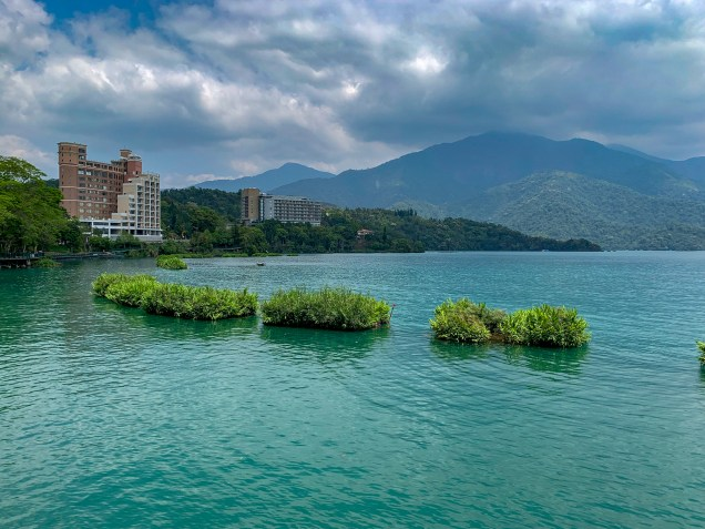 The refreshing sight of Sun Moon Lake, after a steady 60km climb in up to 35C heat.