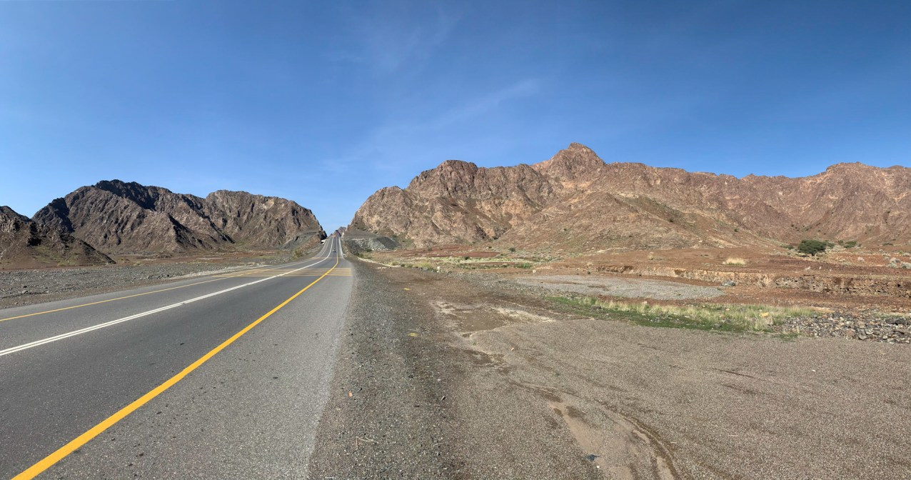 Moving into the foothills of the Al Hajar Mountains