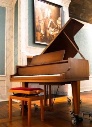 Mister Piano Flügel im Rittersaal Dornum