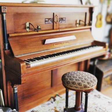 Jugendstil in perfection. I love this piano?? . . . . . . . . . #instapiano #pianolover #pianopiano #pianokeys #pianos #pianogram #pianoman #pianomusic #pianoplayer #pianolove #music #pianist #piano#pianoforte #piano #music #klavierspielen #klavierunterricht #klavierstück #pianocover #musik #pianomusic #klavierkonzert #klavierkunst #musician #klaviernoten #klavierüben #klaviermusikzumträumen #klavierabend #pianolessons #pianolove #klavieres #pianolesson #pianolover #klaviercover