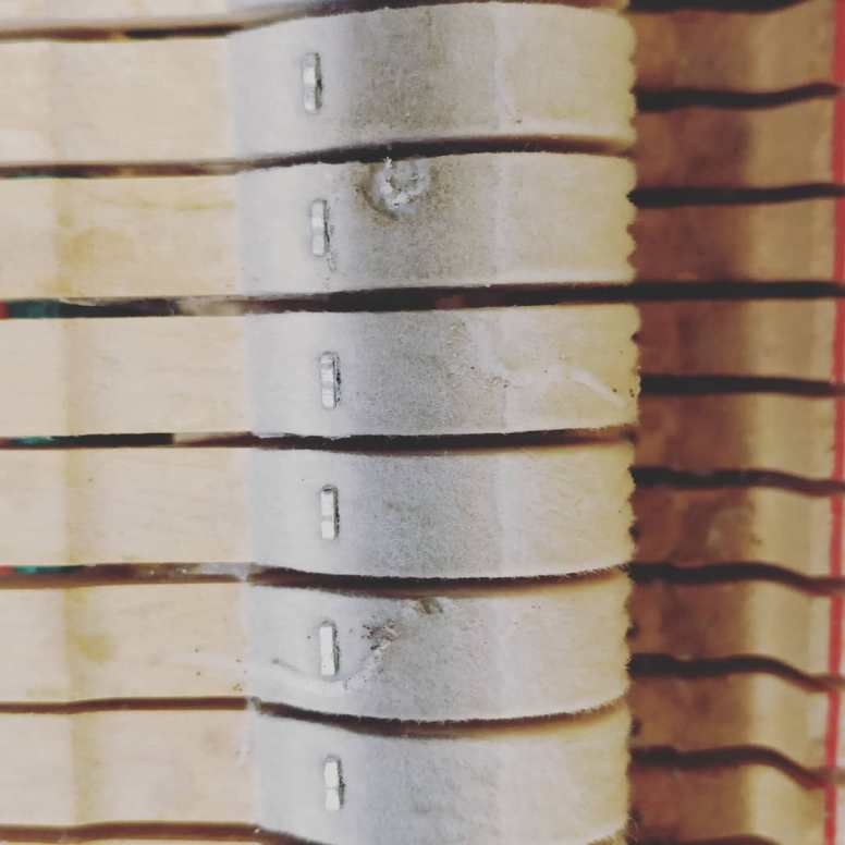 Mothman . . . . . . #handwerk #pianoservice #pianotuner #klavierwerkstatt #klavierstimmer #werkstatt #pianotech #klavier #klavierbau #klavierbauer #handwerk #pianoservice #pianotech#misterpiano #invention #oldbutgold #old #new #piano #pianolover #pianoservicenordwest #piandoo