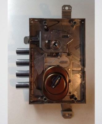 Κλειδαριά πόρτας ασφαλείας CISA 2A-kleidaria-portas-asfaleias-2015-02-02_15.13.3411