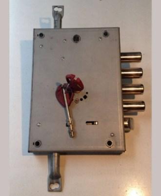 Κλειδαριά πόρτας ασφαλείας νέου τύπου OMEGA PLUS 1