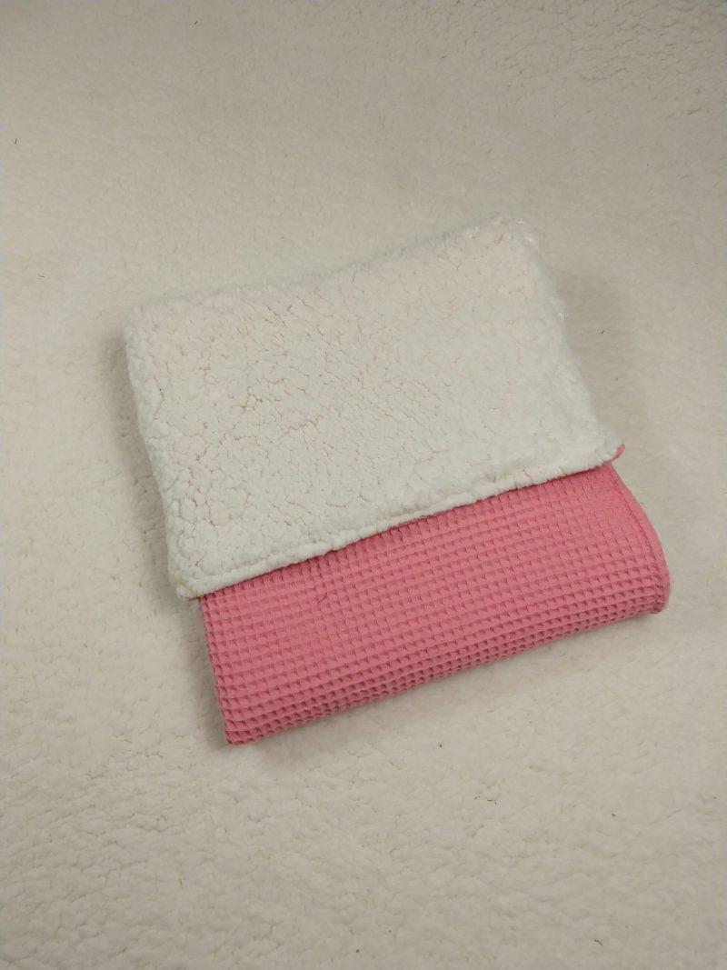 wafel ecru teddy kinderwagen deken roze