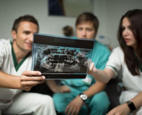 Choose a Pierre Fauchard Academy Member Expert Dentist in Grandville, MI - KleinDentistry.com