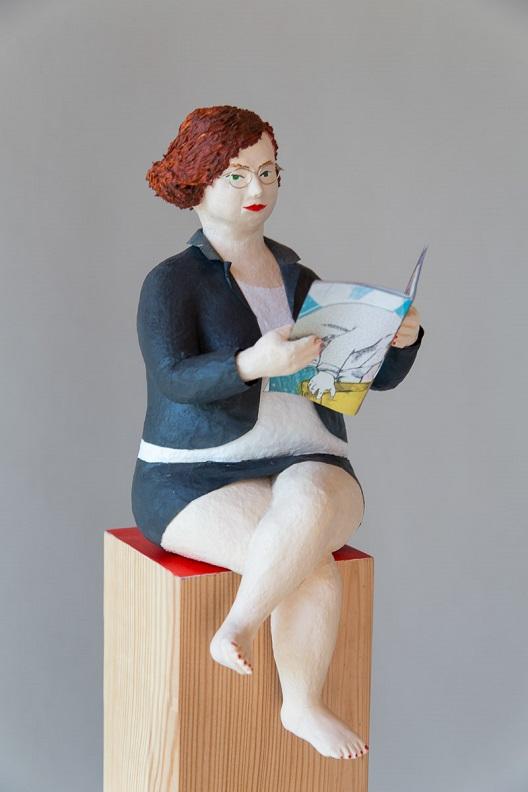 Pappmachéfigur Johanna Iversen