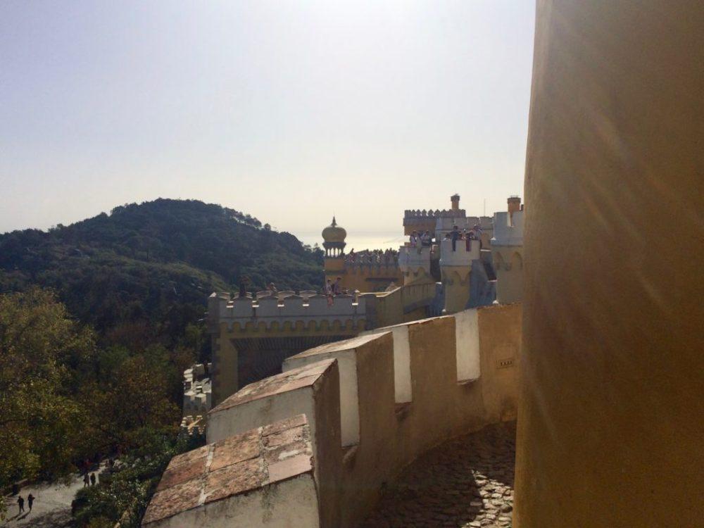 Blick vom Palácio Nacional da Pena auf unseren Gipfel | Copyright: Anja Heuer