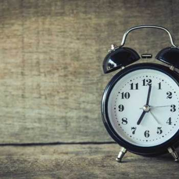 Wecker [object object] 33 Möglichkeiten nebenbei Geld zu verdienen schlaf 350x350