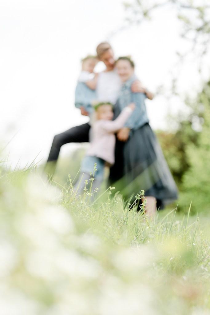 Babybauchfotos Flowercrown Natur Michaela Klose