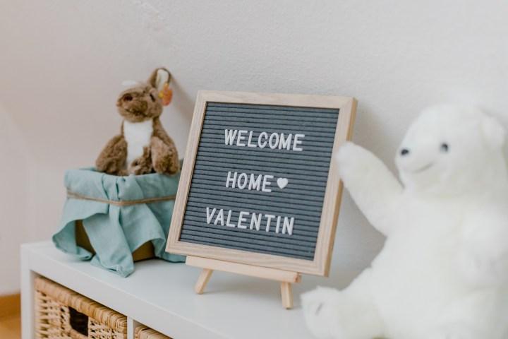 Homestory Neugeborenes zu Hause Fotoshooting