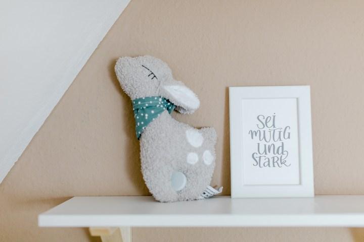 Babyzimmer Nursery Detail Rehkitz Spieluhr
