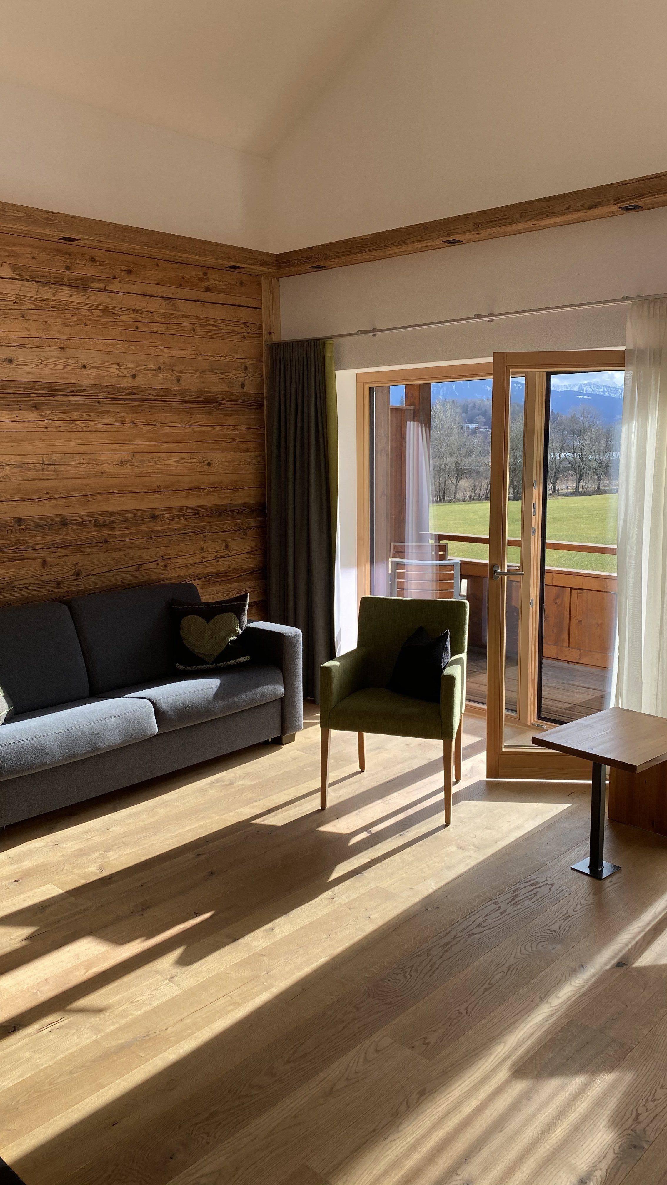 Familienurlaub_Allgäu-Chalet-Wohnzimmer