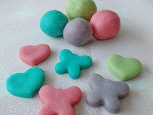 DIY Knete mit Zutaten aus der Küche – selber machen Schritt für Schritt