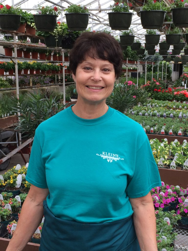 Bonnie - Service and Cashier, Floral Designer