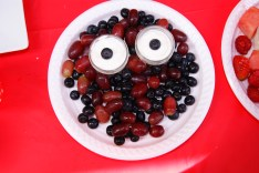 Monster face fruit-plate