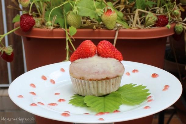 Muffins mit Erdbeer-Vanillefüllung