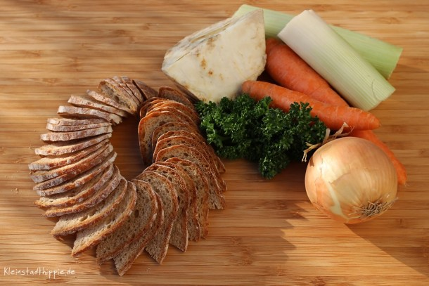 Brot trocknen für Brotsuppe