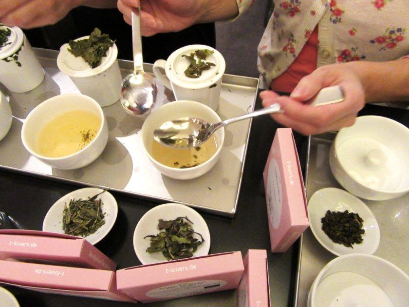 04_tea_tasting_loeffel