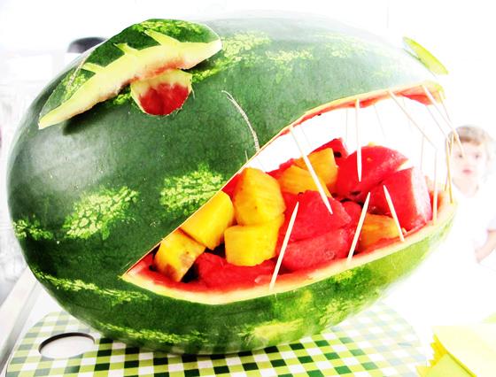 Dinosaurier Geburtstags bash : Kindergeburtstag auf kleinstyle.com Dino Party Wassermelonen Dino