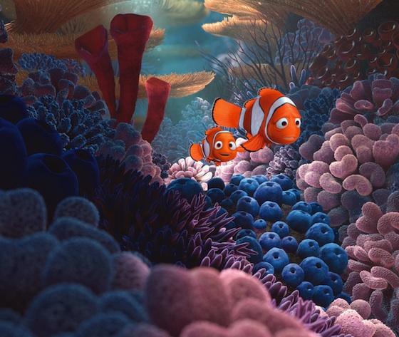 disney pixar findet nemo filmszene Nemo und Marlin auf dem weg zur Schule