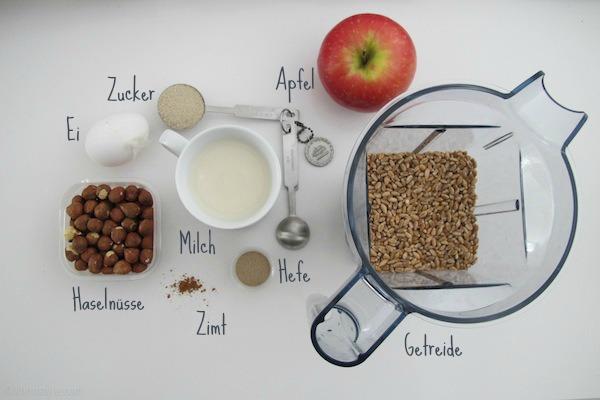 Hutzelmanns Brot Dinkel Apfelbrot Vitamix Rezept gesund backen mit und fuer Kinder und die ganze Familie Vitamix im Test Zutaten