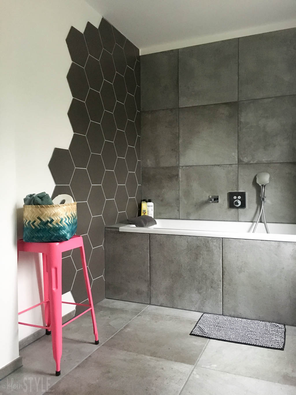 gray-concrete-style-bathroom-make-over-by-kleinstyle-com