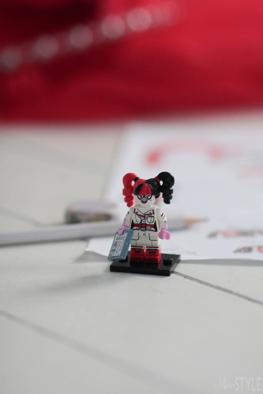 kinder Fasching Kostuem Auswahl LEGO Batman movie Harley Quinn