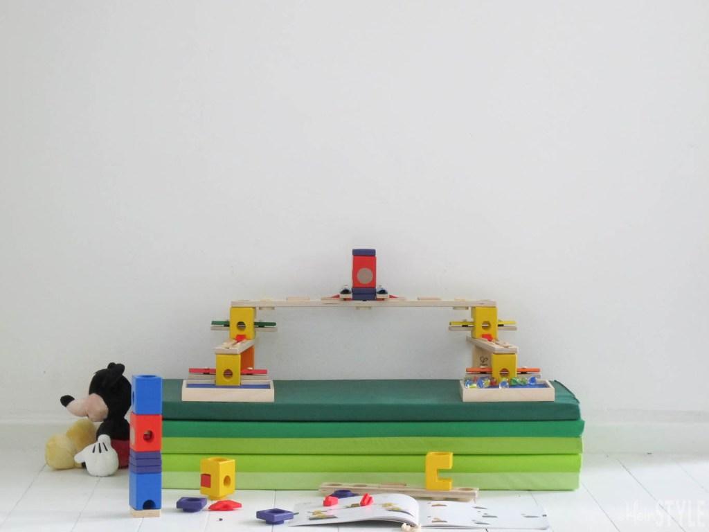 Hape Murmelbahn Quadrilla Music Motion im TEST by kleinstyle.com