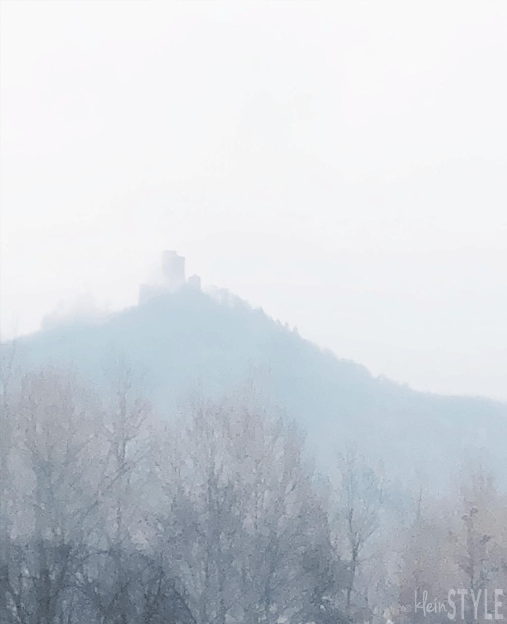 (Deutsch) Mai Momente : Nebel im Kopf