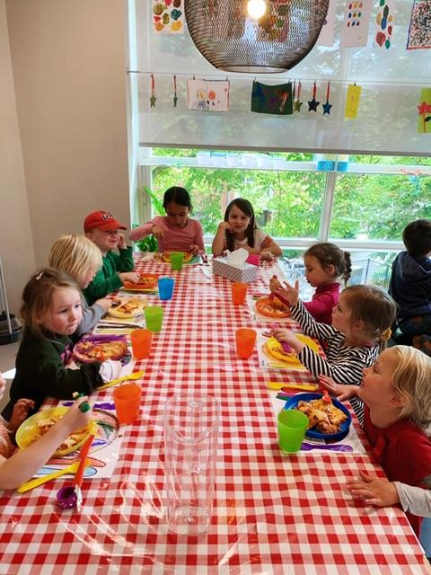 KleintjeZuid samen eten opvang