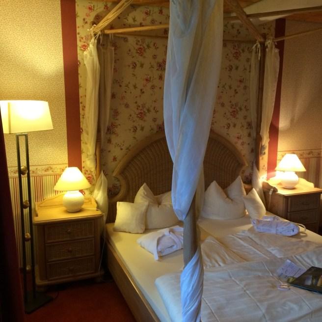 """Das Zimmer """"Storchennest"""" - ist wohl eigentlich für Verliebte. ;-)"""