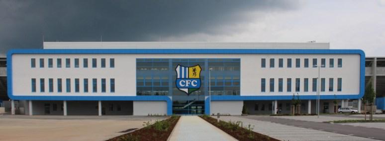 Stadion Gellertstraße Chemnitz - enietete Aluminiumfassade