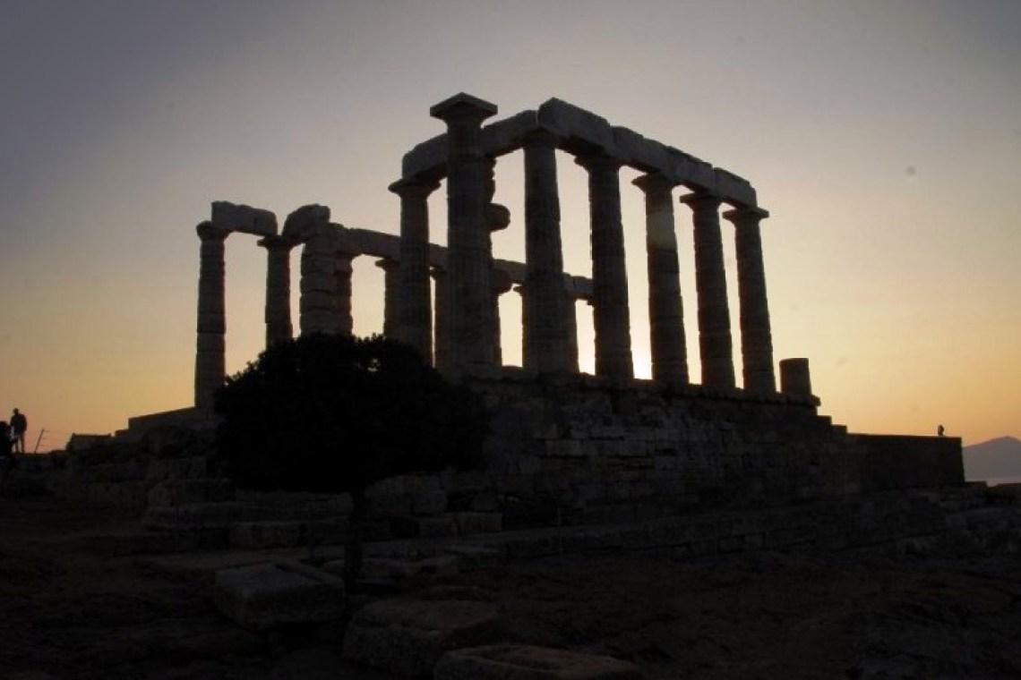 Athens Temple of Poseidon Stargazing at Cape Sounion Family Tour kids love greece activities