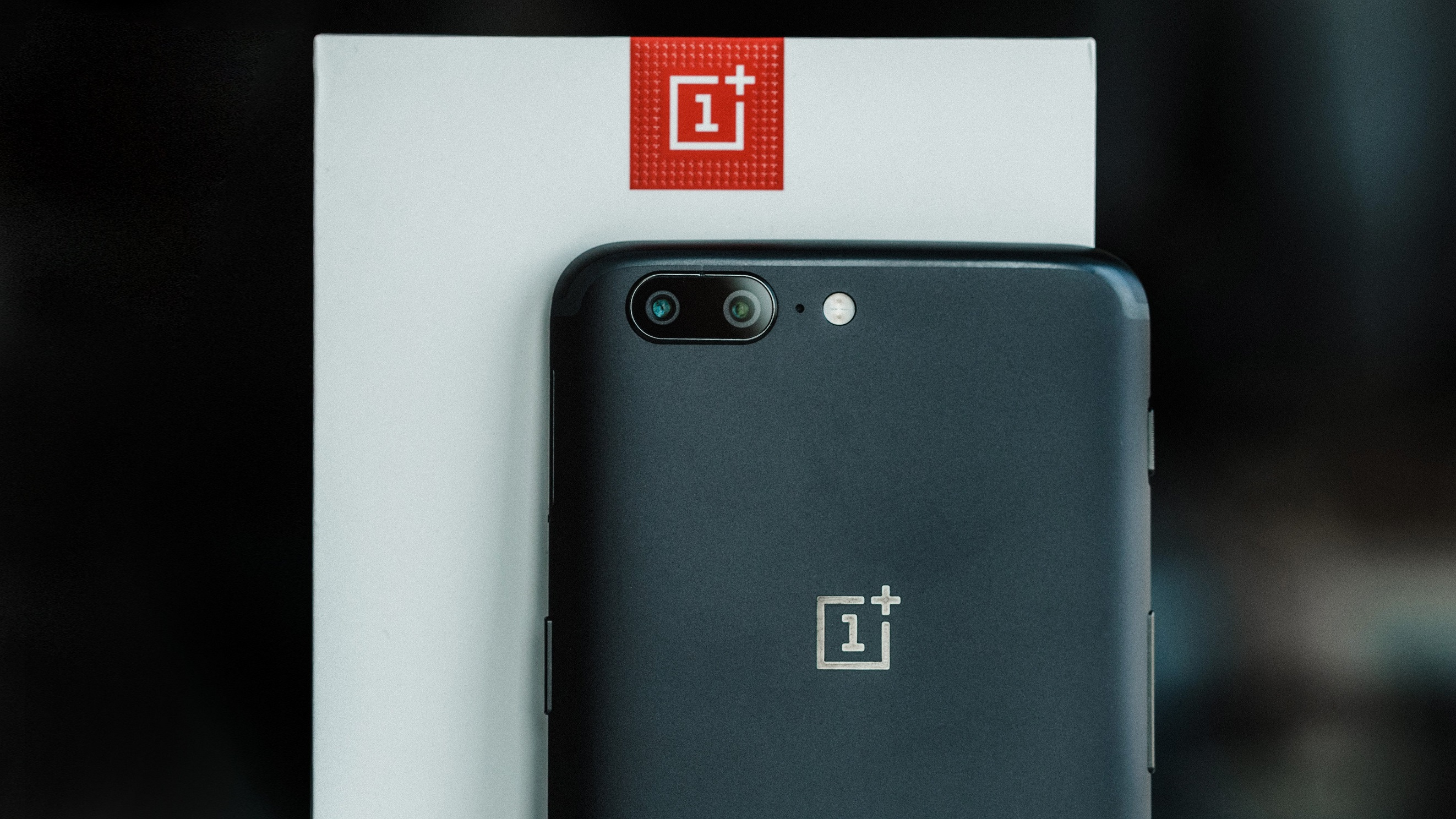 Here's the full specs of the OnePlus 5T