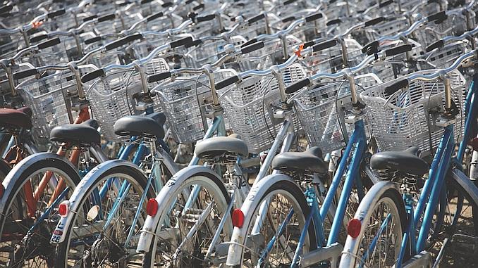 Sehr viele Fahrräder