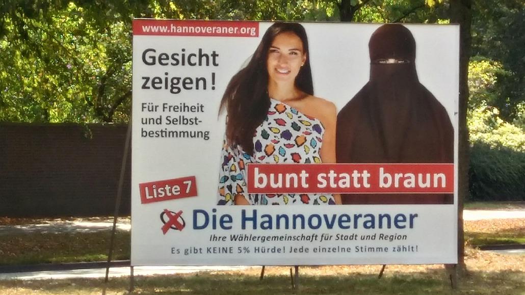 Plakat rechter Populisten im Kommunalwahlkampf Niedersachsen 2016