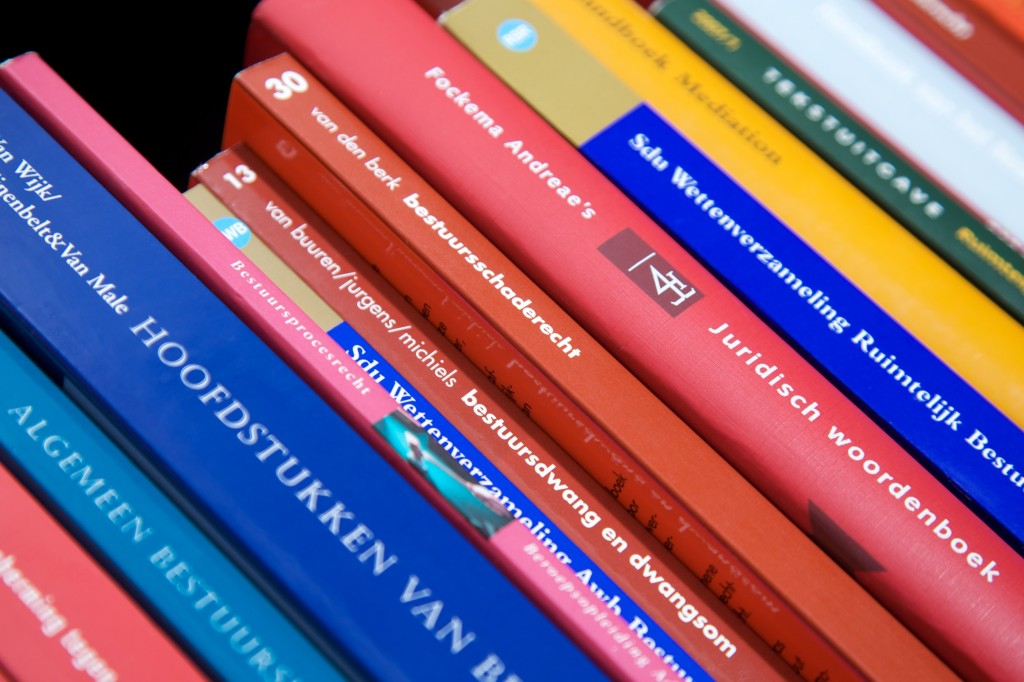 rij juridische boeken