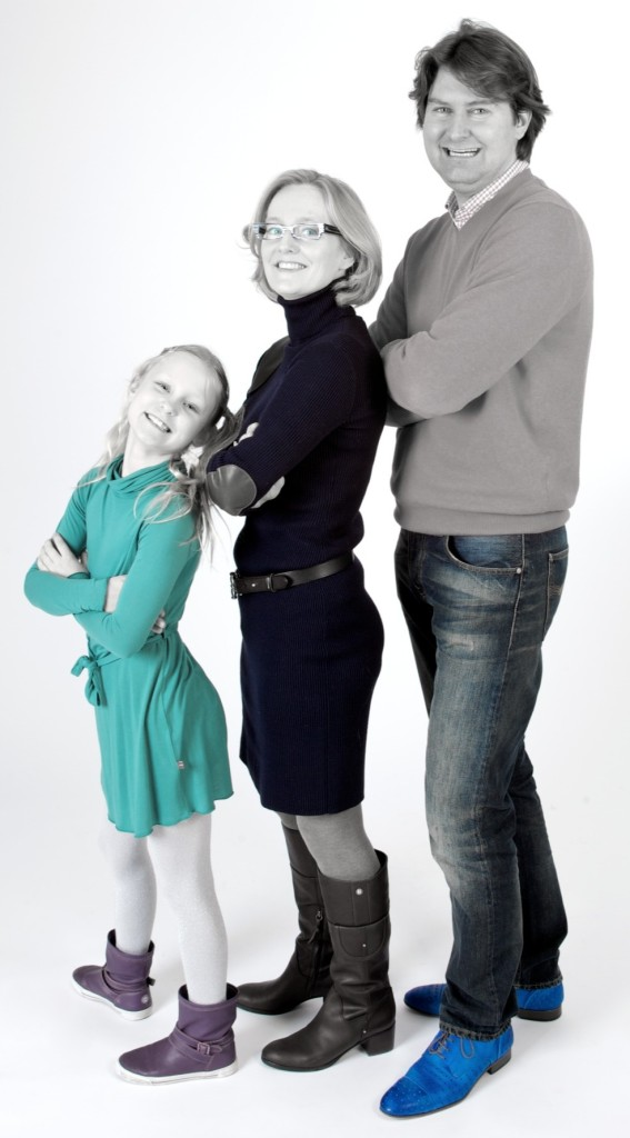 familiefotoshoot in de studio witte achtergrond
