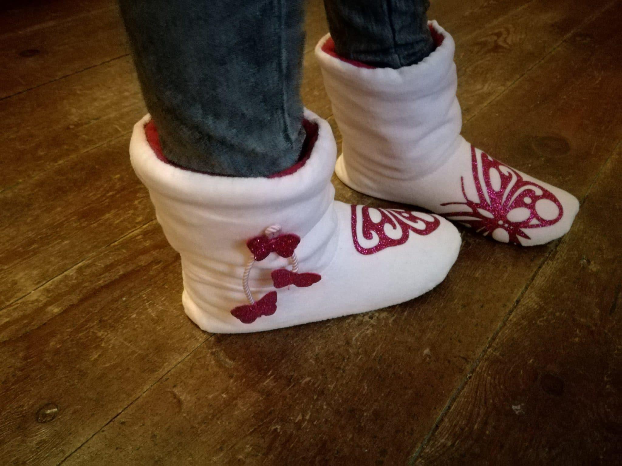 Patron des chaussons Lena version haute