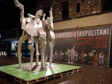 02-Nevrotici-Metropolitani