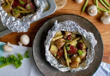 Zeleninové balíčky s údenou klobásou potešia malých i veľkých milovníkov jedla
