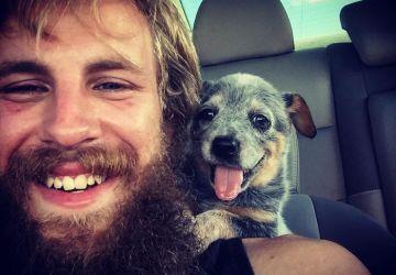 Roztomilé! Toto sú fotky psíkov, ktorí sa prvýkrát stretli so svojimi novými pánmi