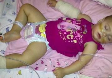 Malému dievčatku dávali lekári 6 mesiacov života. Jej matka sa ale rozhodla bojovať s osudom a spravila dobre