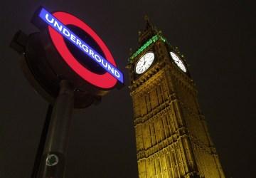 Na stanici metra v Londýne došlo k výbuchu! Ďalší teroristický útok?