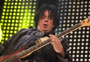 Novým basgitaristom legendárnej Slobodnej Európy je Laco Lučenič!