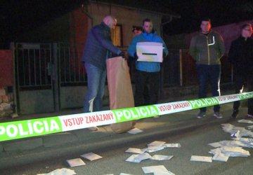 Aký trest hrozí opitému poslancovi, ktorý v Medzanoch odišiel s volebnou urnou?