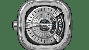 Reloj Sevenfriday con correas negras y caratula plateada
