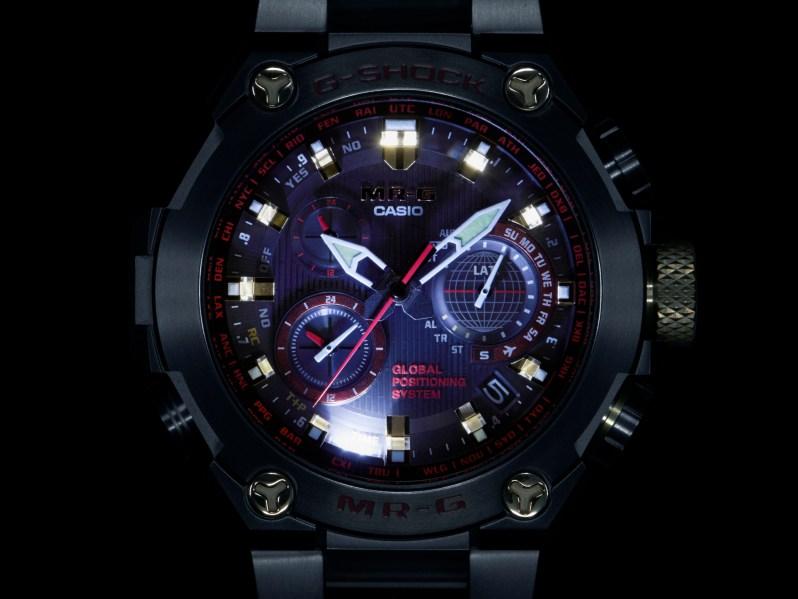 G-Shock MR-G inspirado en armaduras de guerreros samurái Akazonae
