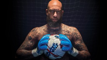 Tim Howard y Tag Heuer Connected Modular 45